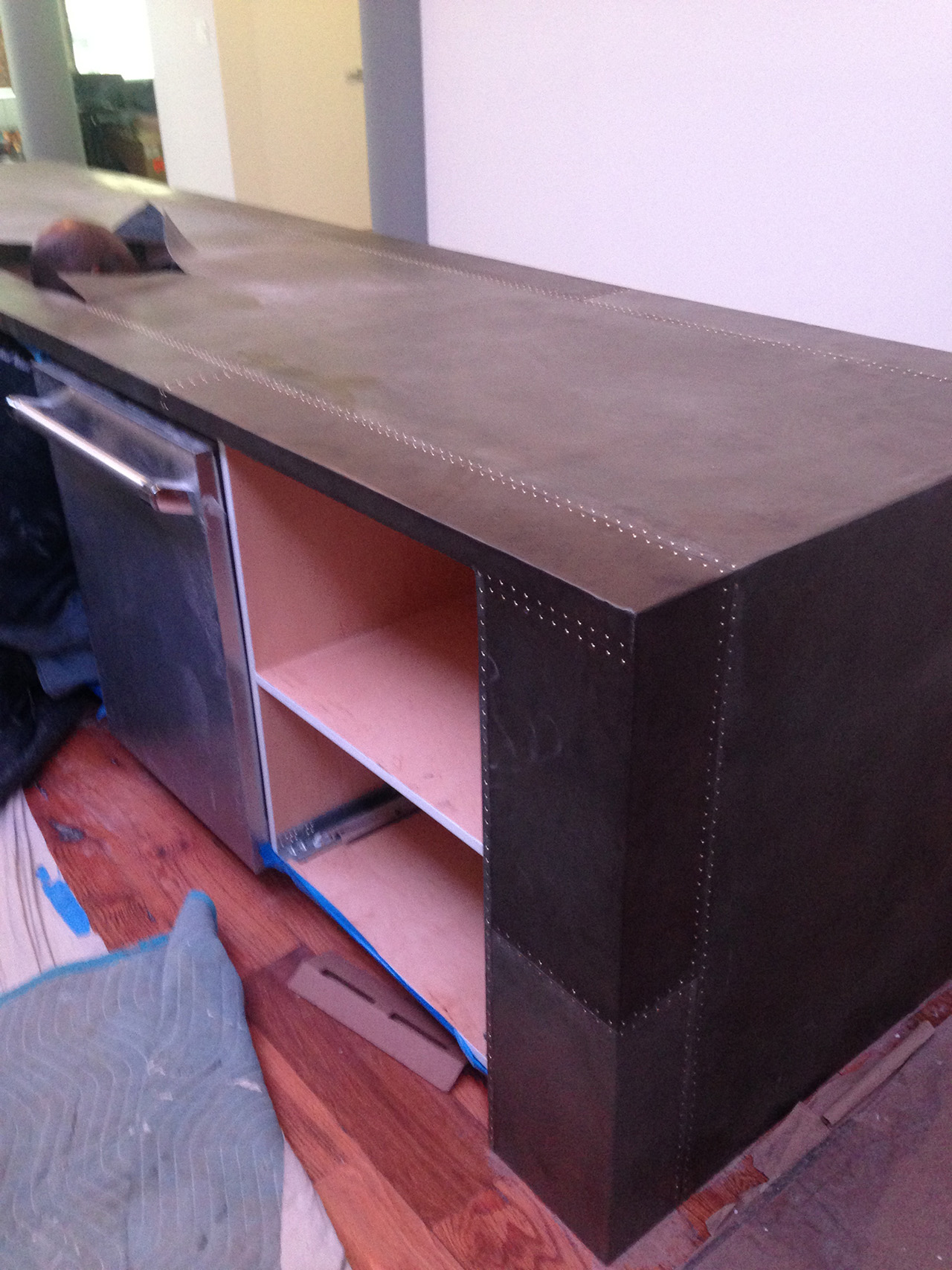 Sheet Zinc with Rivets Countertop  - La Bastille